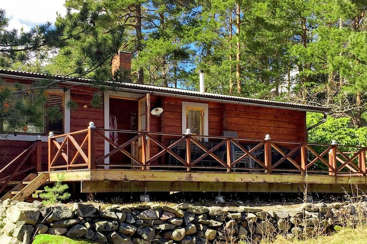 4 person holiday home in VÄRMDÖ