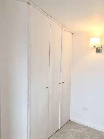 Vista closet