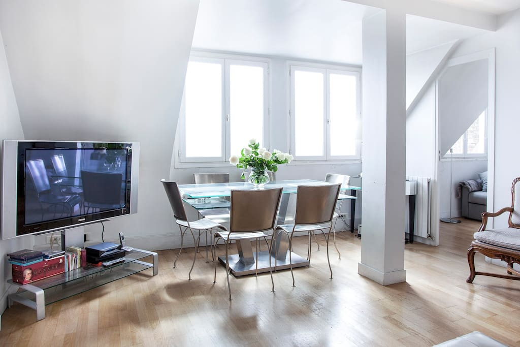 Amazing Penthouse close to Parc Monceau-Villiers
