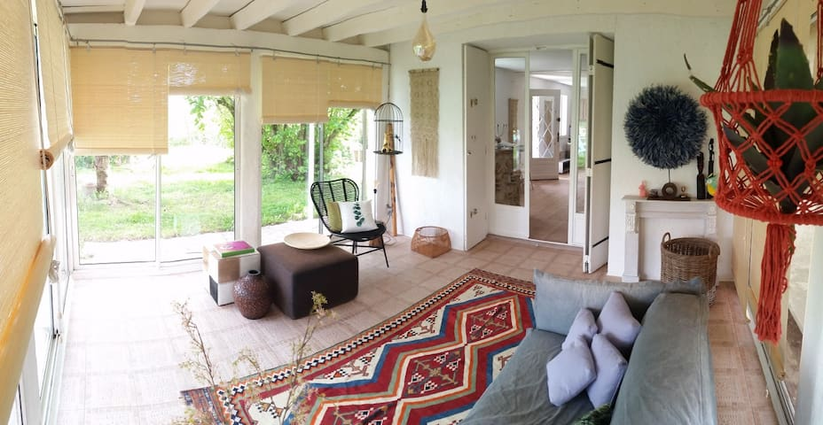 Gite: grande maison vacance avec piscine