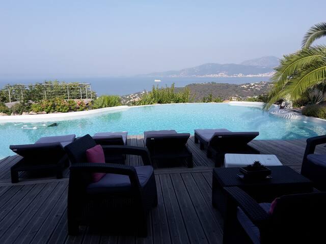 vacances paisible au bord de la piscine - Albitreccia - Vila