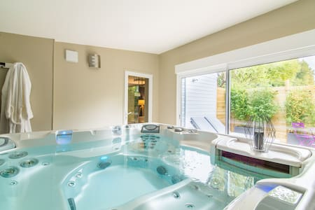 Suite avec jacuzzi privatif - Martragny