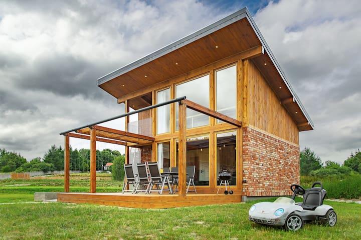 Villa Prestige Black z sauna i Banią
