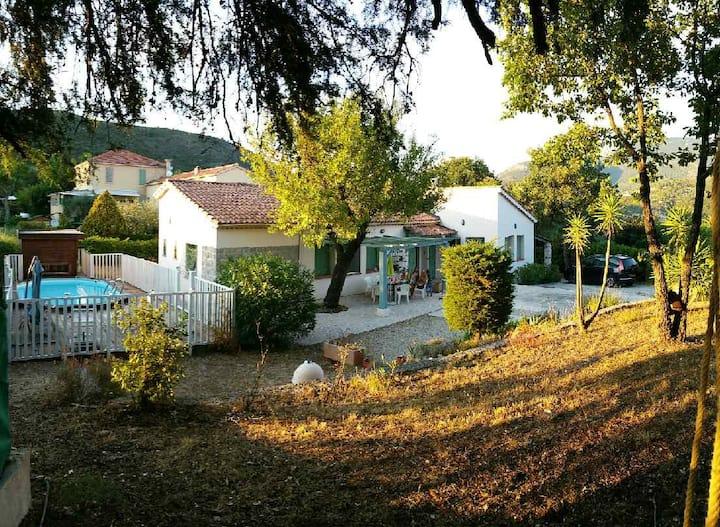 Mas provençal maison avec piscine privée