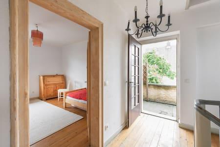 Sectreray-Room