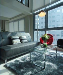 Luxurious 2 Bedroom Loft - Quezon
