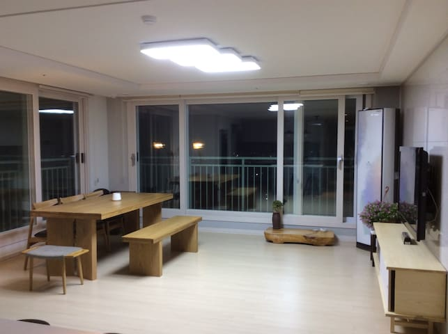 Bright Apartment in Suncheon for World Traveler! - Suncheon-si - Apartment
