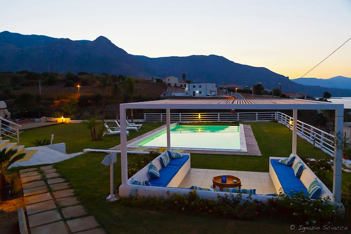 B&B Casa Azul, suite vista mare