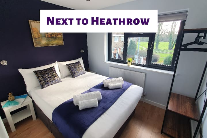 Crown Meadow House │ free parking ✔