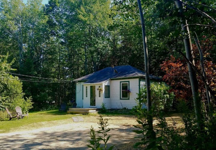Ledgewood Grove Cottage in Bar Harbor