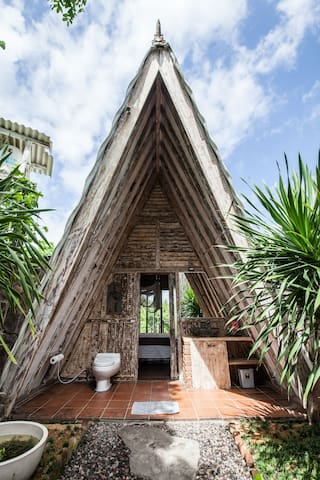 A bathroom space so welcoming you'll be tempted to string up a hammock