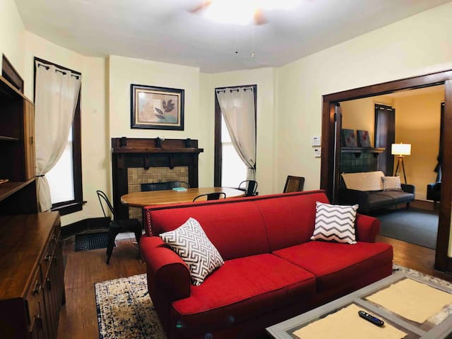 Vintage 3BR @ Short North Arts District + Parking