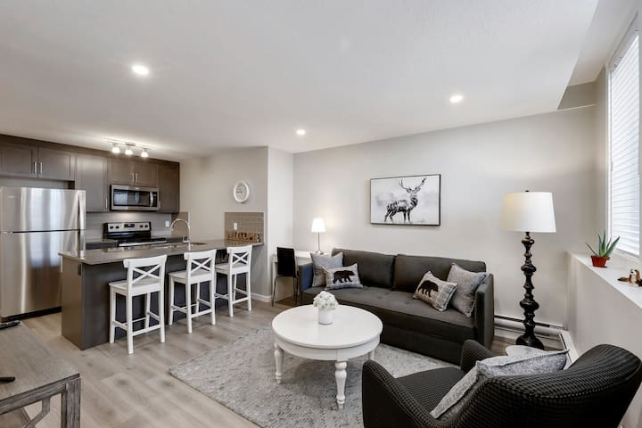 SETON Stylish & Urban 1 Bed Condo