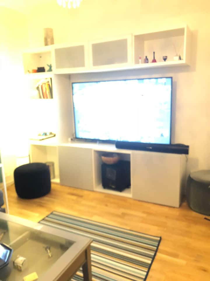 Apartment located in Bromma 3 min by foot to train