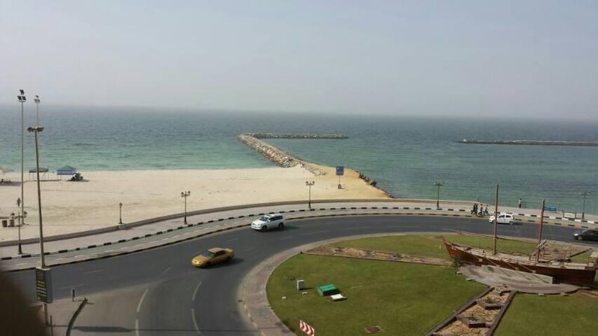 One room by the  beach - Ajman - Wohnung