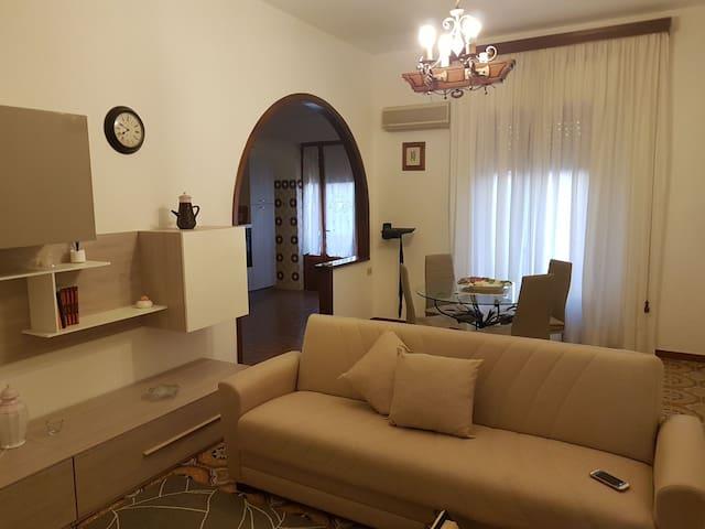 Appartamento a 10 min da porto Pino - Giba - Apartment