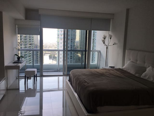 Beautiful Studio At ICON BRICKELL!!!! - Miami - Departamento