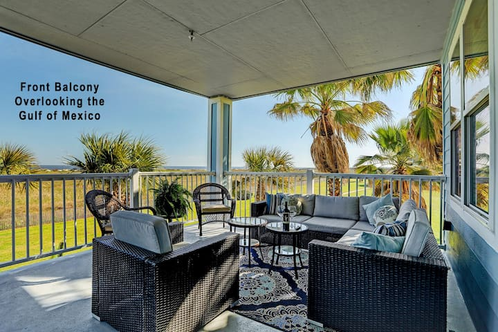 Oceanfront condo w/ bay & ocean views, shared hot tub, pool - close to beach!