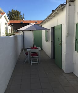 STUDIO (petite maison)