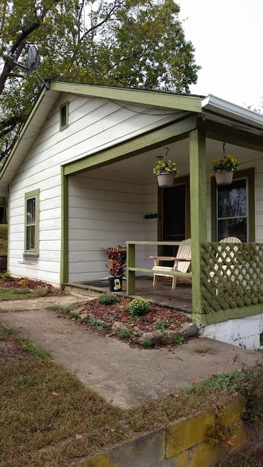 Old-fashioned friendly front porch