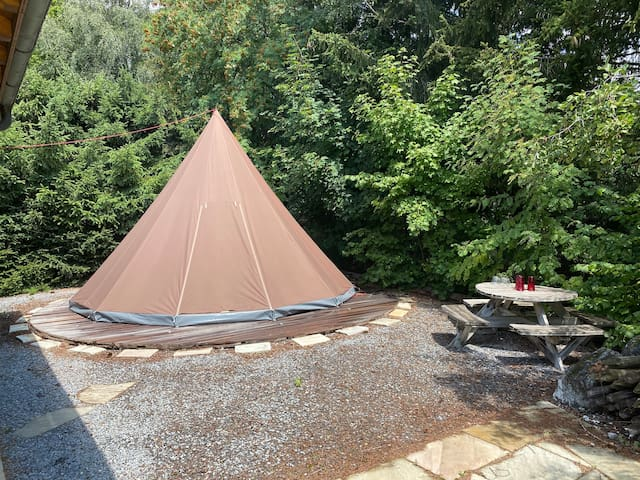Tipi tent 4-6persons Calm and Cosy.4ad/2ad+4childr