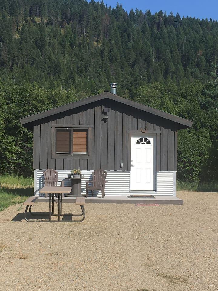 Cowboy Cabin at The Elk Barn Inn