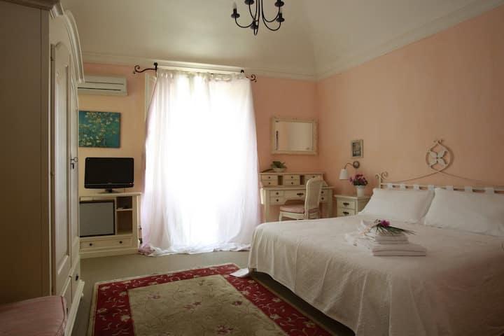 Camera matrimoniale con balcone - Albergo Ristorante Egadi