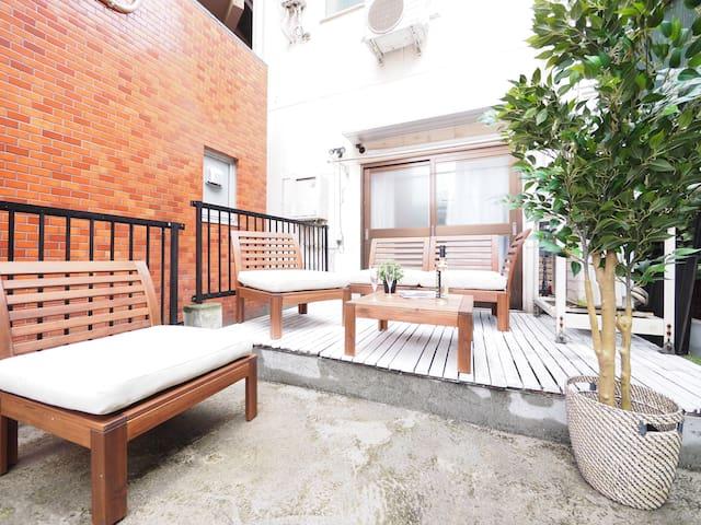 Yokohama Studio with Outside Lounge +Mobile WiFi