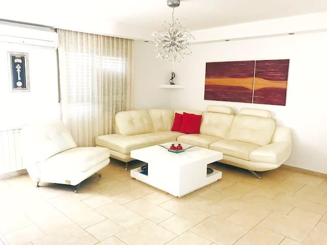 Rina Apartment