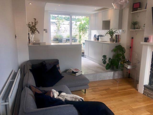 Entire Luxury Terrace Home near Chester River