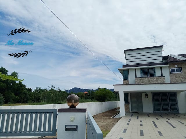 Sri Manjung Ma Maison Homestay Lumut (FREE UNIFI)