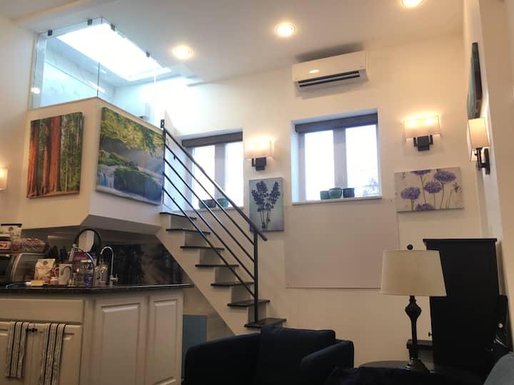 Unique Studio Apartment