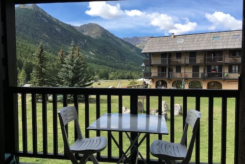 La Moulinière I - Functional and well-equipped studio with open view