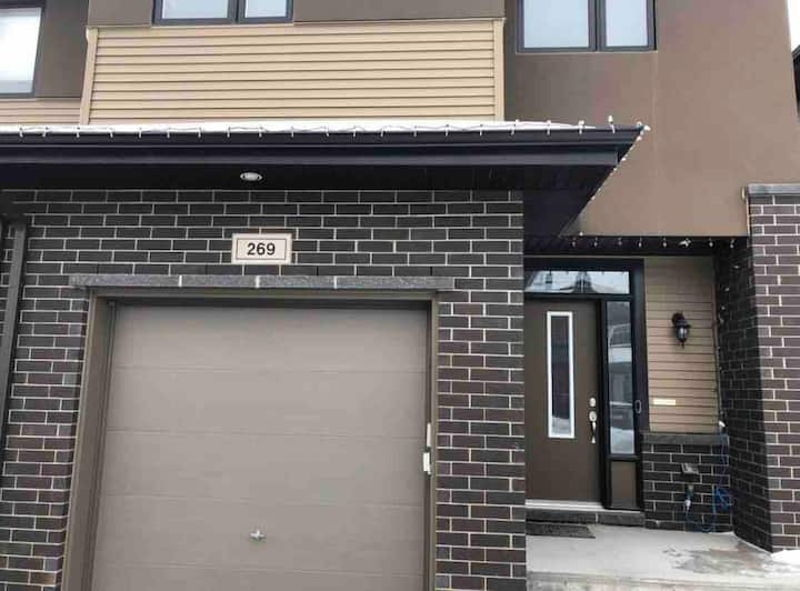 Kanata townhome; 1 parking; shared living space