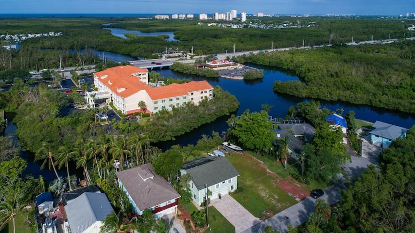 Waterfront, Gulf Access Pool/Spa, Private/tropical