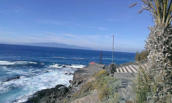 Океан, пальмы, солнце и горы.Уют и свободный WiFi