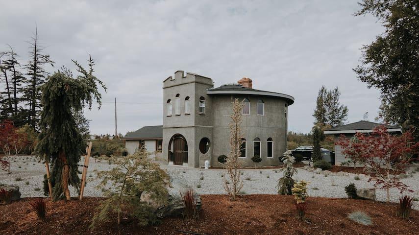 Sequim Lavender Castle