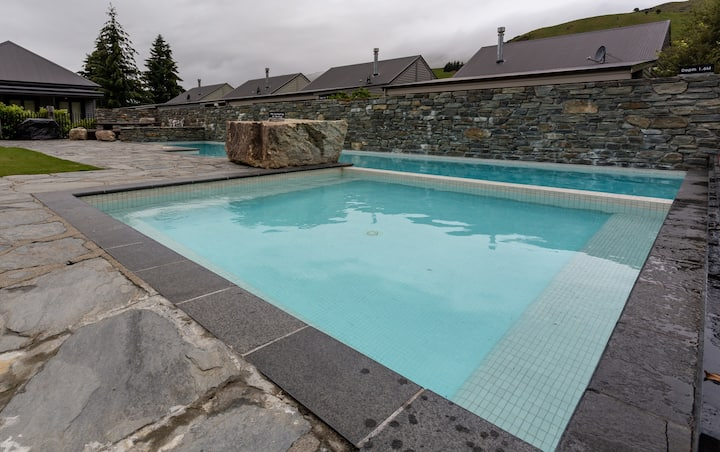 Studio with Mountain Views at Cardrona 25