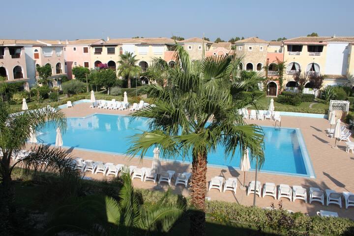 Calm & Charming Villa 700m from the beach