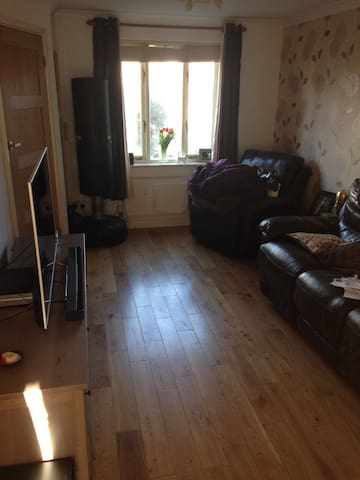 Excellent Location - Double Bed - Great Value