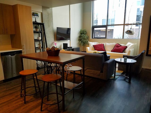 Charming Apt in the Pearl District - Portland - Leilighet