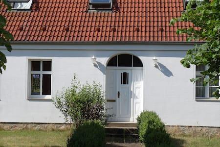 Großzügiges Ferienhaus im ländlichen Brandenburg - Dahmetal