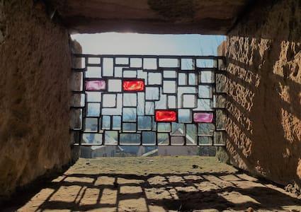 Chambre privée au coeur du village de Taizé