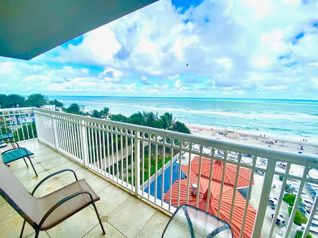 OCEANFRONT ! DIRECT OCEAN VIEW! POOL VIEW! NEW!