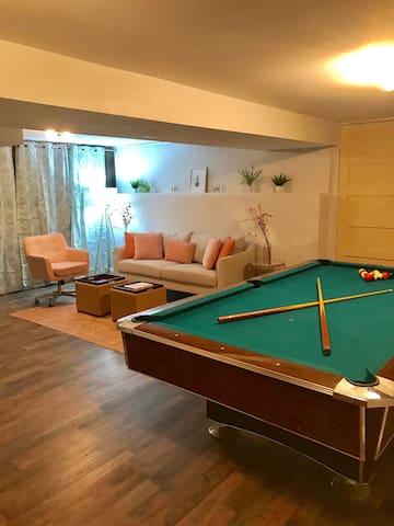 Zen Space   20 Min To Downtown Denver   Pool Table