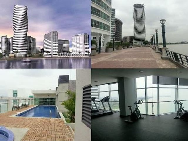Luxurious, riverfront 1 BR apt in trendy area