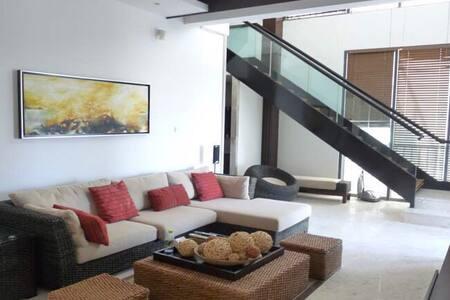 Sanya Ocean View Penthouse 三亚半山半岛复式 - Sanya