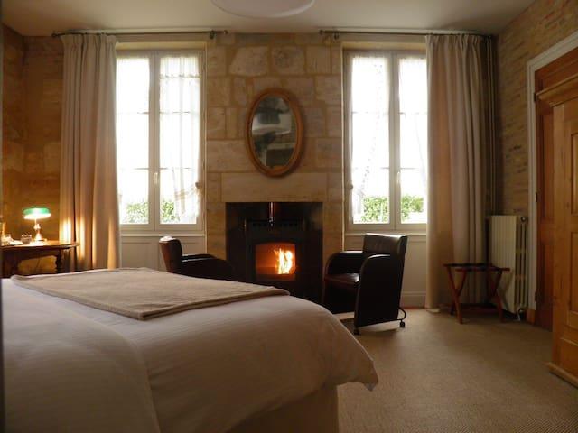 Suite 1990, Cocoon (PMR NL) au rez de chaussée - Cavignac - Bed & Breakfast