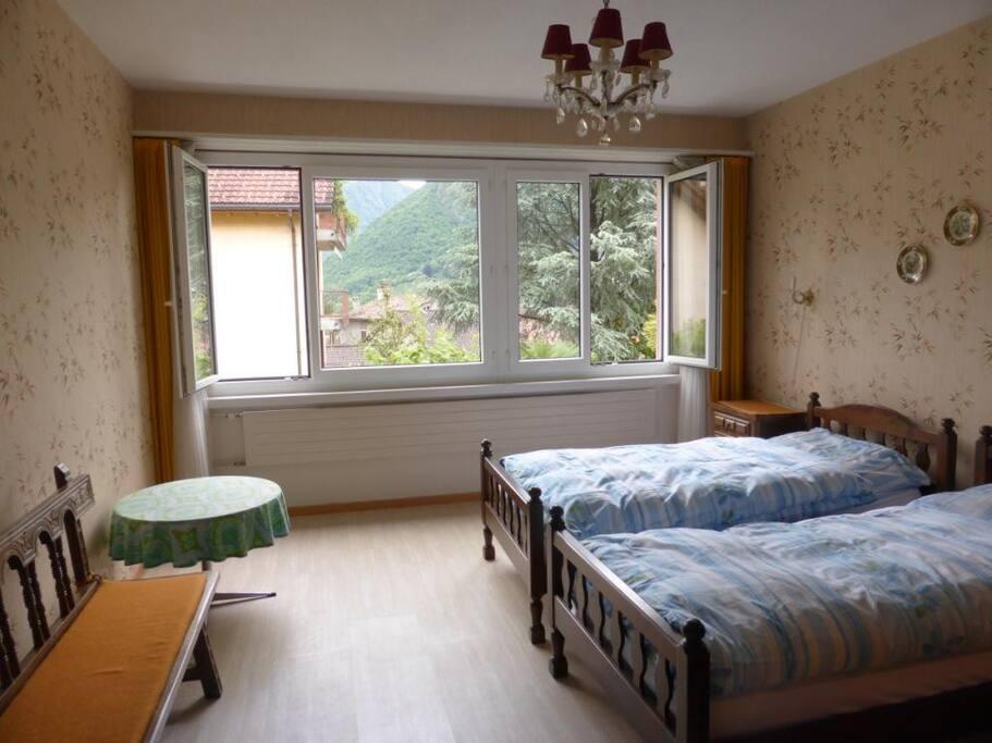 Schlafzimmer, ruhig, gegen den Hof gelegen.