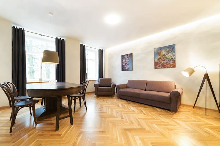 Medieval Old Tallinn Luxury Apartment